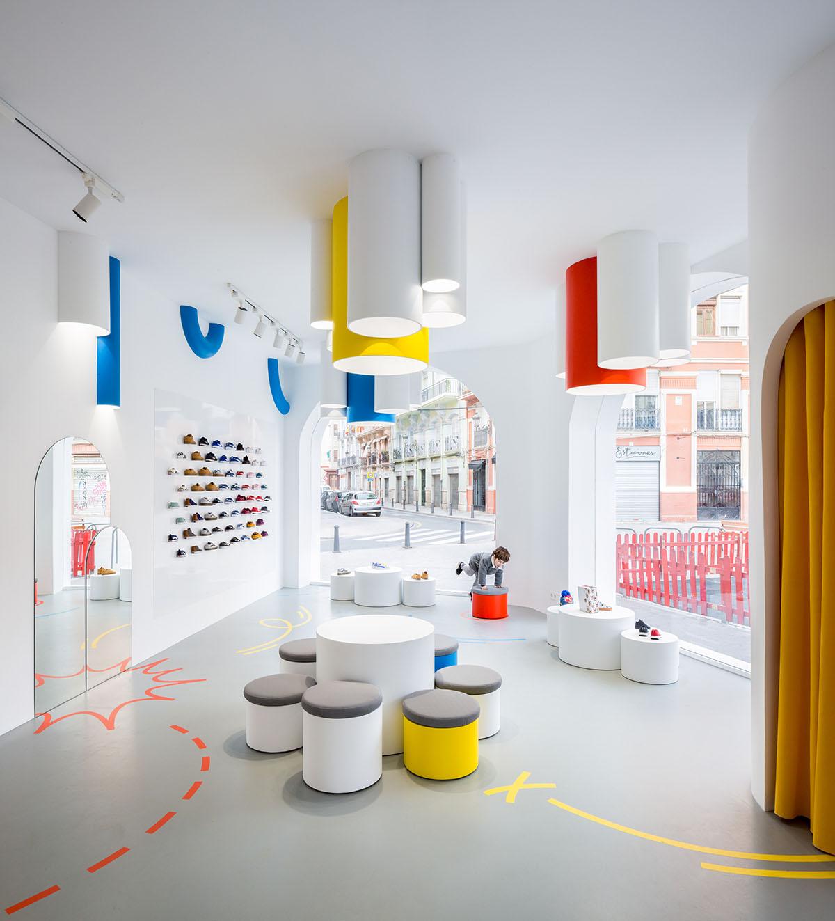 CLAP-studio-diseño-interior-branding-web-valencia-Little-Stories ...