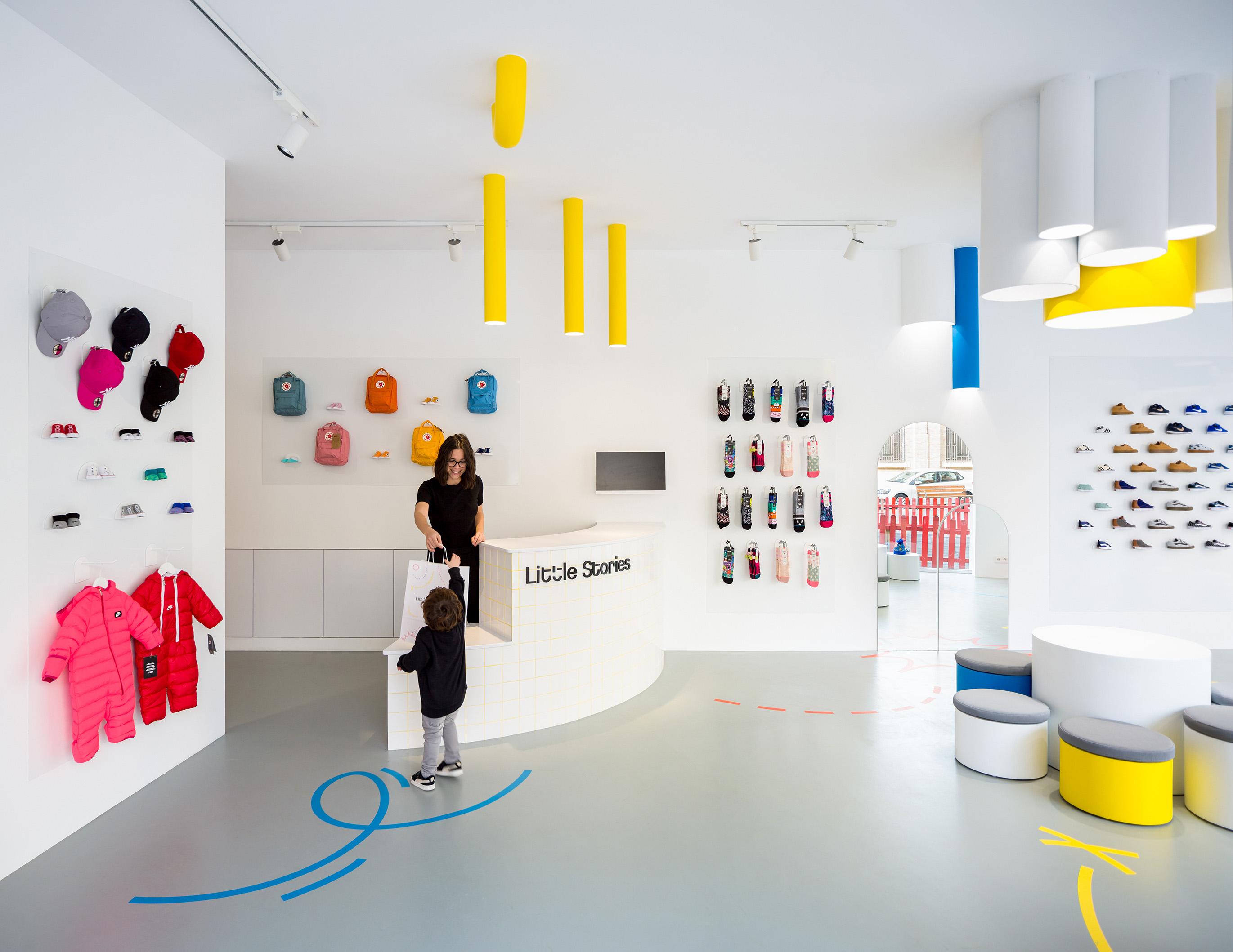 clap-studio-branding-estudio-valencia-graphic-design-interior