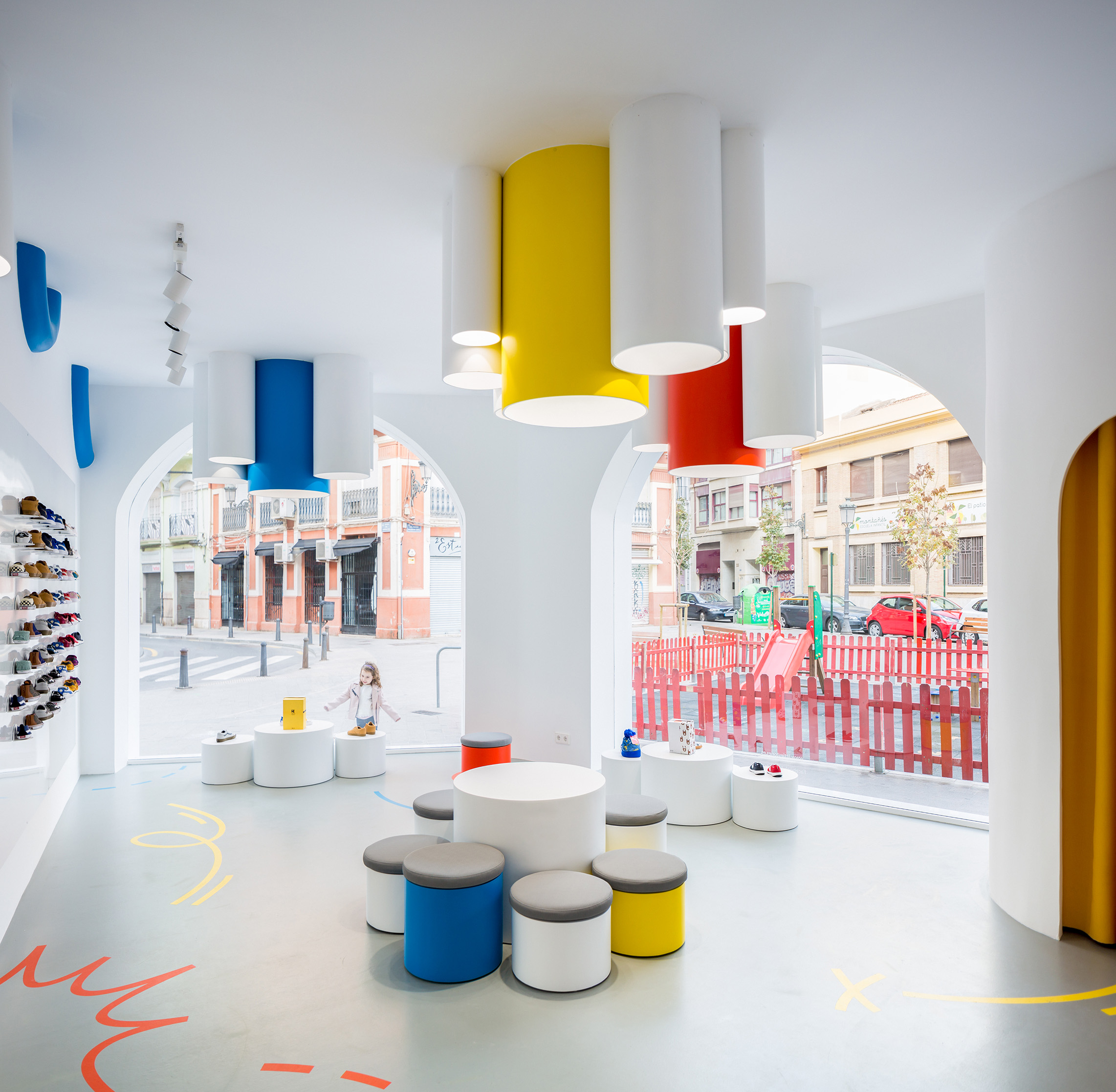 clap-studio-interior-design-little-stories-retail