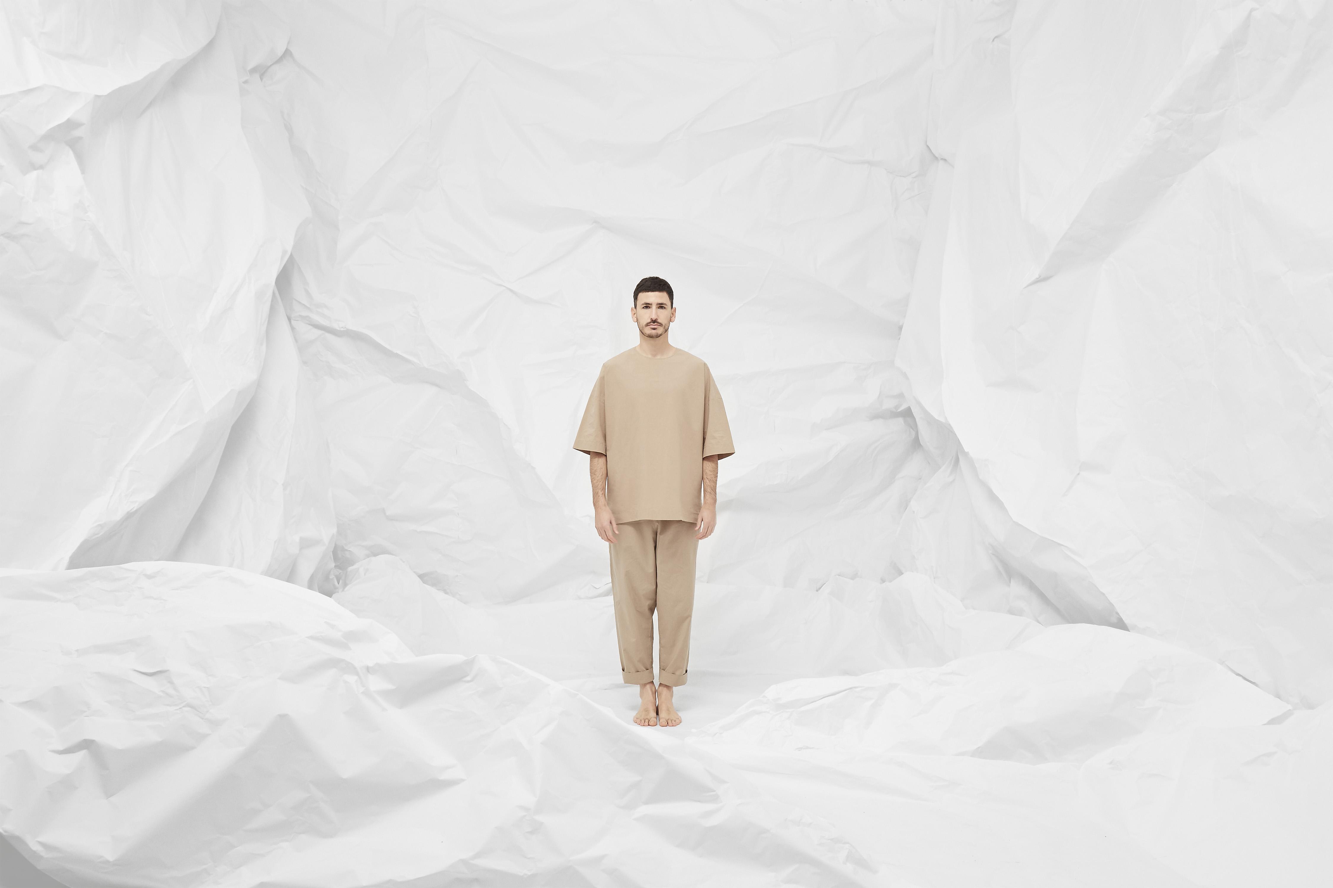 ISOLATION by Clap Studio 01 - jordi iranzo